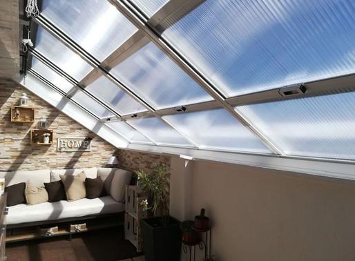 5 ventajas de instalar un techo móvil en tu terraza