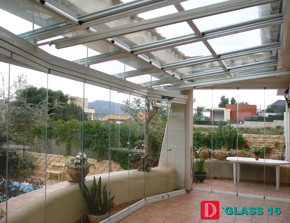 Sistema D'Glass techo móvil con cortina cristal