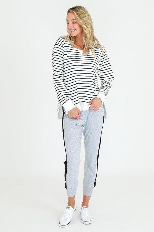 Ulverstone Sweater White Stripe l 3rd Story