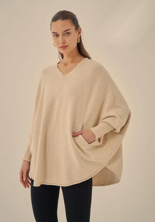 Tirelli Oversized Pocket Knit l Cream