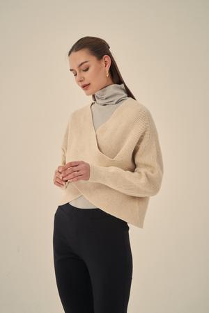Cross Body Knit - Neutral