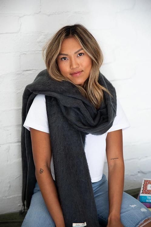 Shawl/scarf - charcoal