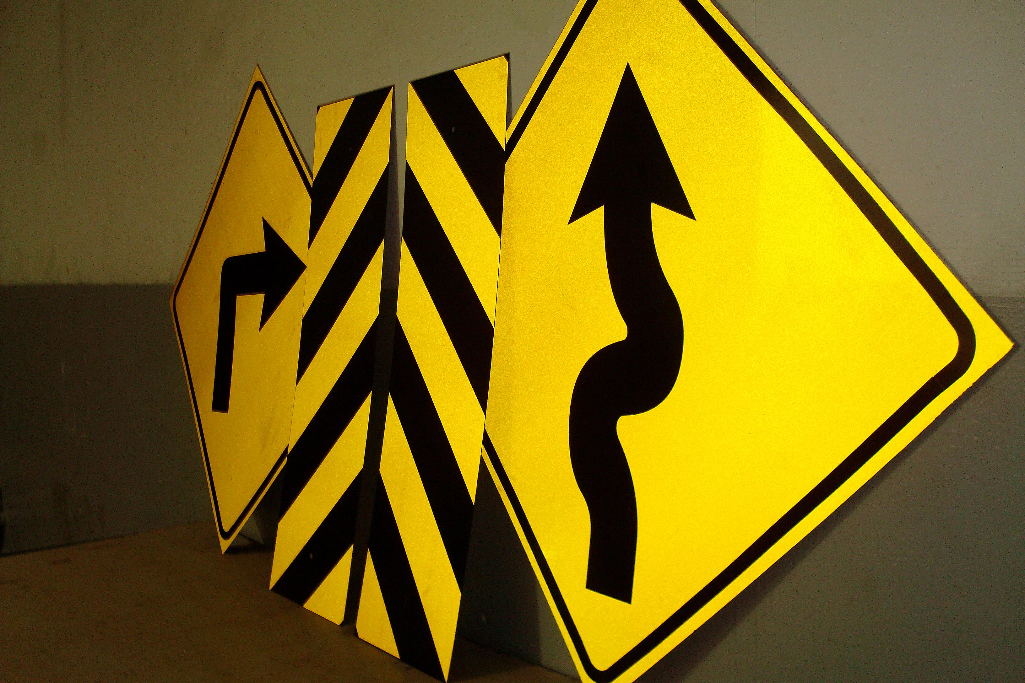 Placa de Trânsito, Placa Rodoviária.