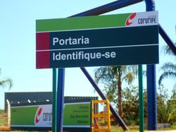 Placa de Aviso de Identificação