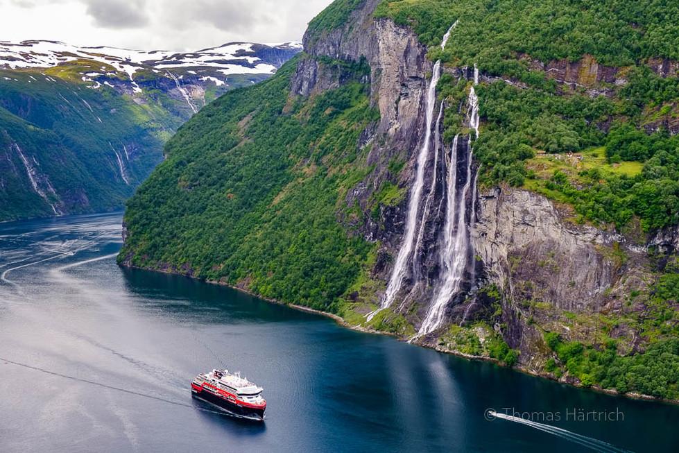 Geirangerfjord, MS Fridtjof Nansen