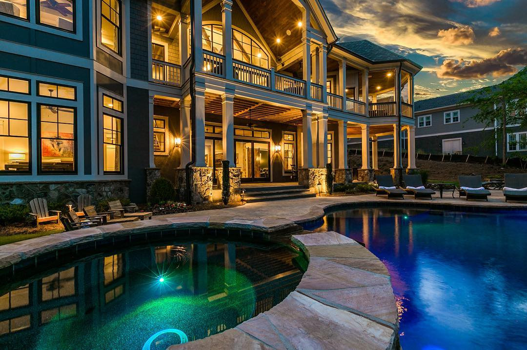 Night time Pool & Outdoor Lighting