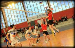 Volley (4)
