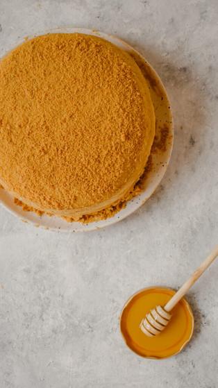 Medovik (Russian Honey Cake) Recipe