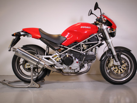 Ducati 900IE Monster 2002.
