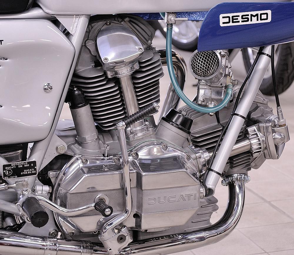 1976 Ducati 900SS (10).JPG