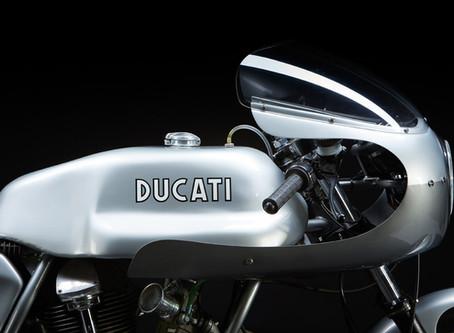Build: DUCATI 860 GT