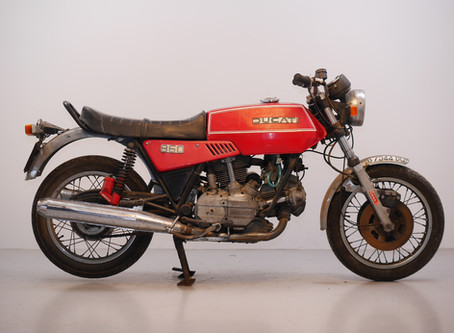 Ducati 860 GTE 1976 Restoration project.