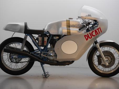 Ducati 750 bevel 4 Valve !