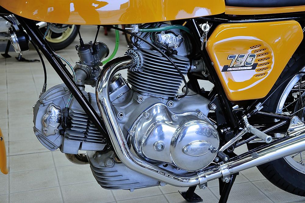 1974 Ducati 750 Sport  (20).JPG
