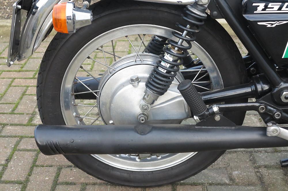 Moto Guzzi 750S 1975 (5).JPG