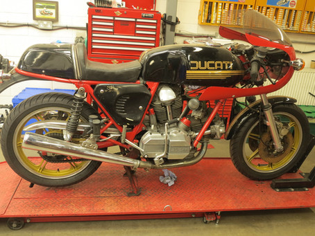 Workshop: Ducati 900SS Restoration.