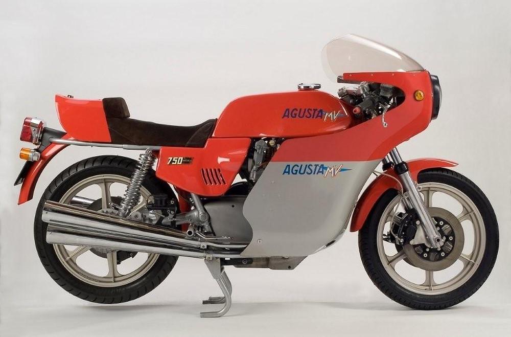 Simon Brinklow MV 750 America 1.jpg