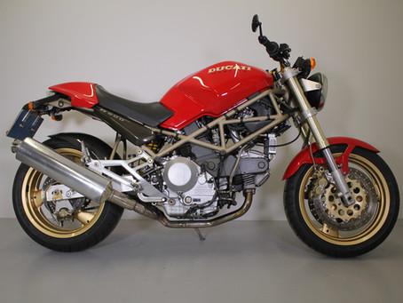 Ducati 900 Monster 1996