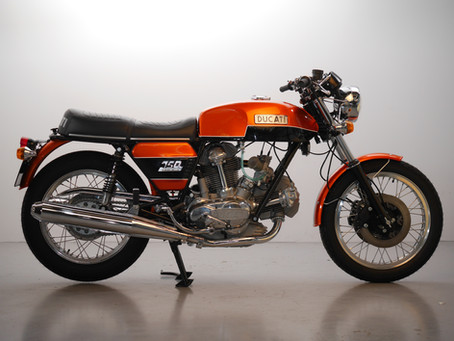Ducati 750GT Electric Start fully restored 1974. Just reduced in price.