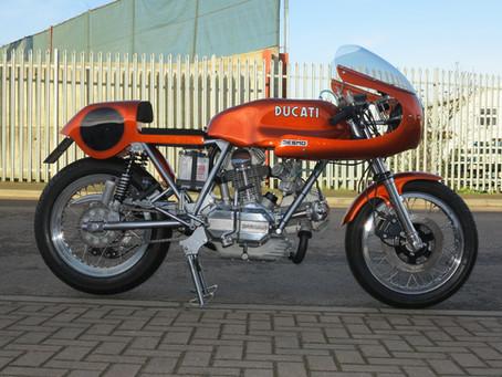 Ducati  900SS  special.