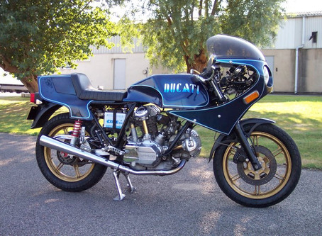 Dave Morgans beautifully modified 900S2