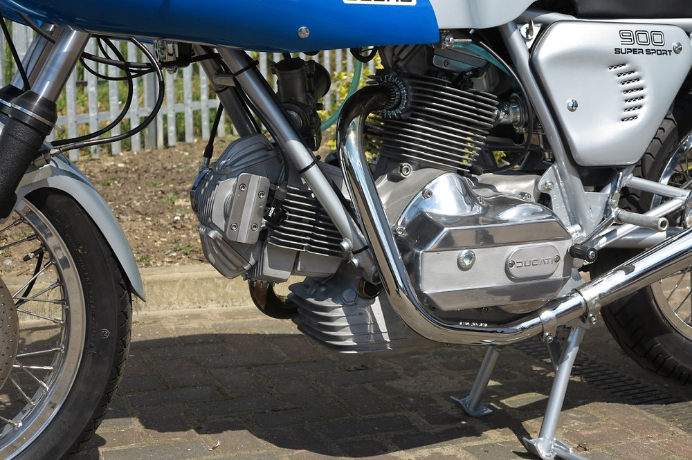 Ducati 900SS (3).JPG
