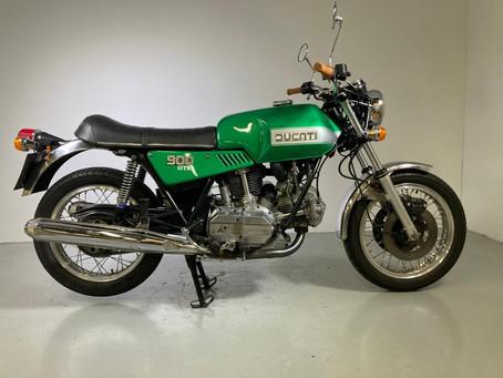 Ducati 900 GTS