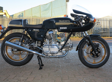 Ducati 1979 900SS : Full restoration just finished and sold.