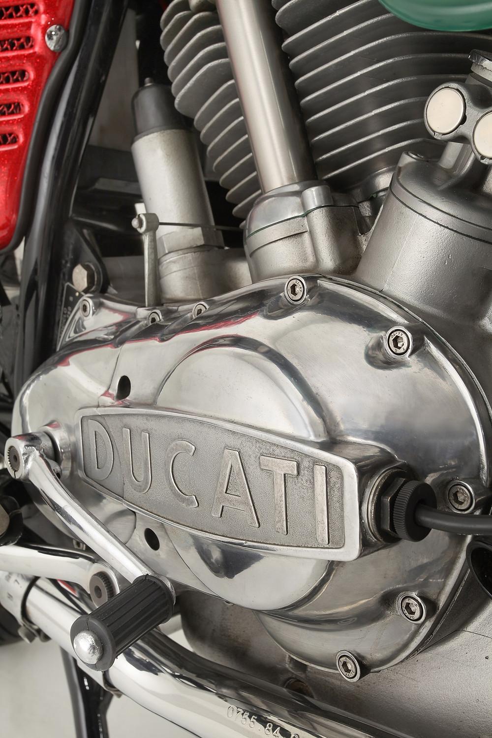 2014_02_Ducati 750GT 1972_4.jpg