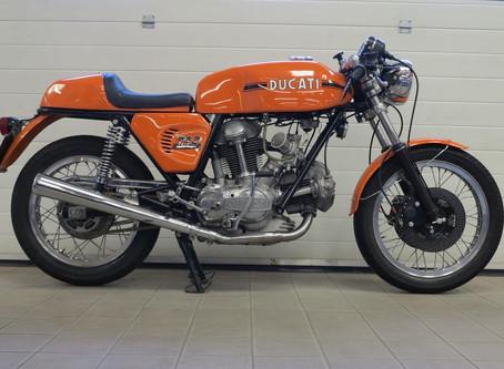 Ducati 750 Sport.