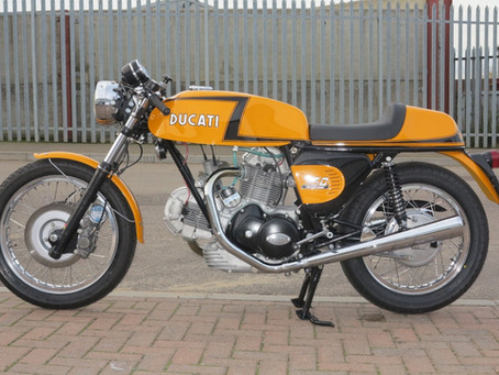 Build: Ducati Z stripe 750 sport
