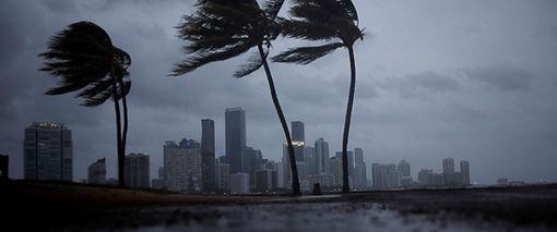 hurricane-irma-main-01-as-170909_12x5_99