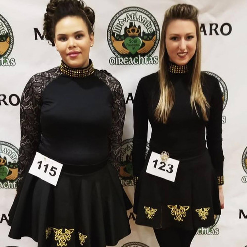 4672221Two of our adult dancers at Oireachtas