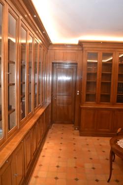 Bureau bibliothèque classique