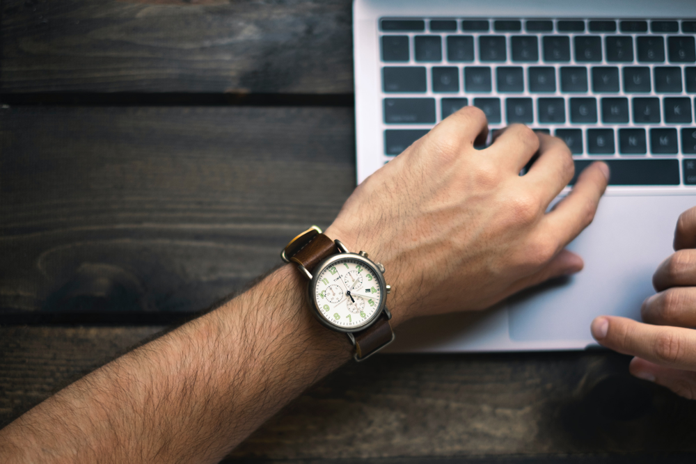Armbanduhr: ich habe zu wenig Zeit; ein Bild von Brad Neathery