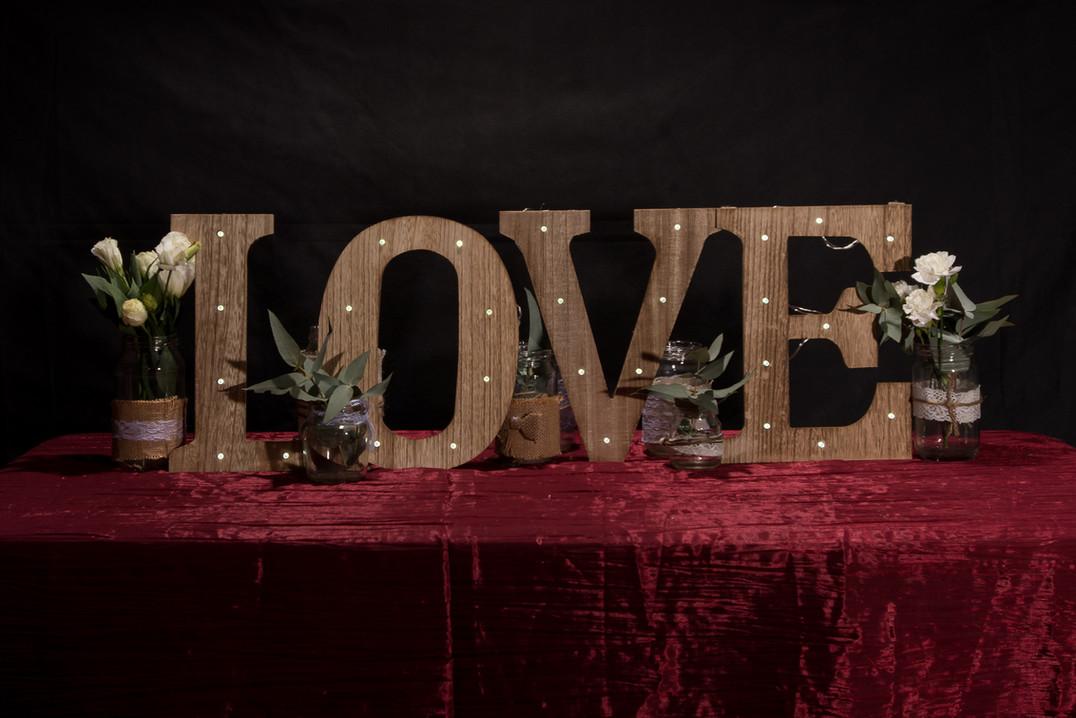 Love light up sign