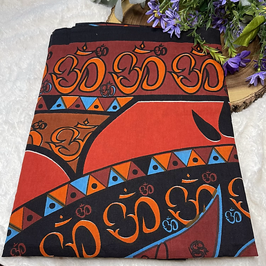 "58""x 82"" Om Lotus Tapestry"