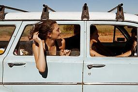 adventure-car-free-friends-girl-Favim.co