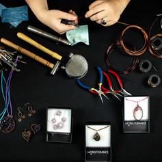 monsterance nářadí a výrobky.jpg