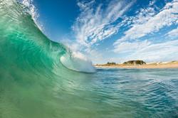 trigg-beach-wave-summer