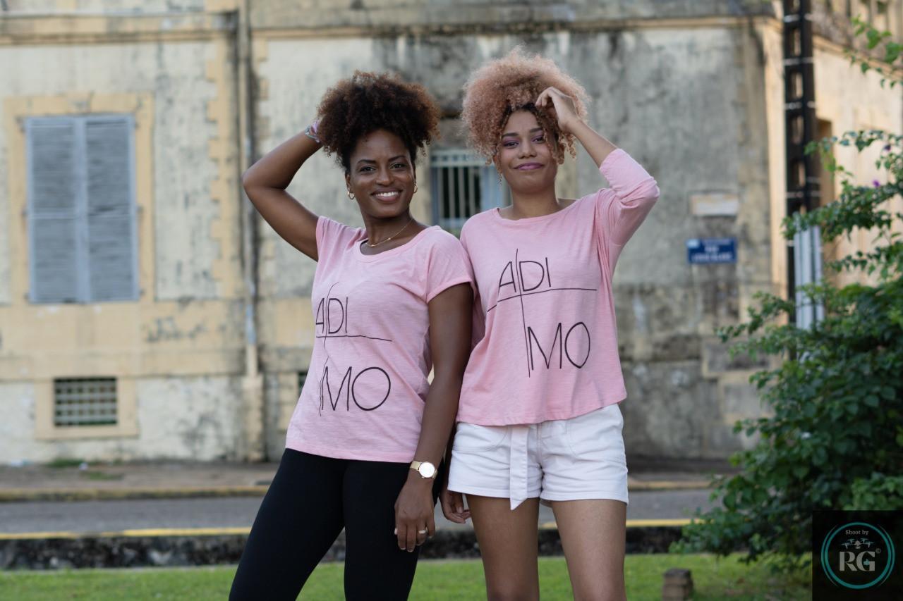 "T-shirt ""A di mo"" en rose."