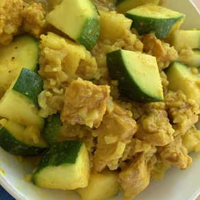 One Pan Clean Eating Curry Chicken and Zucchini