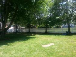 white vinyl pvc fence