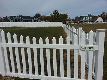 Low Maintenance Vinyl Fencing