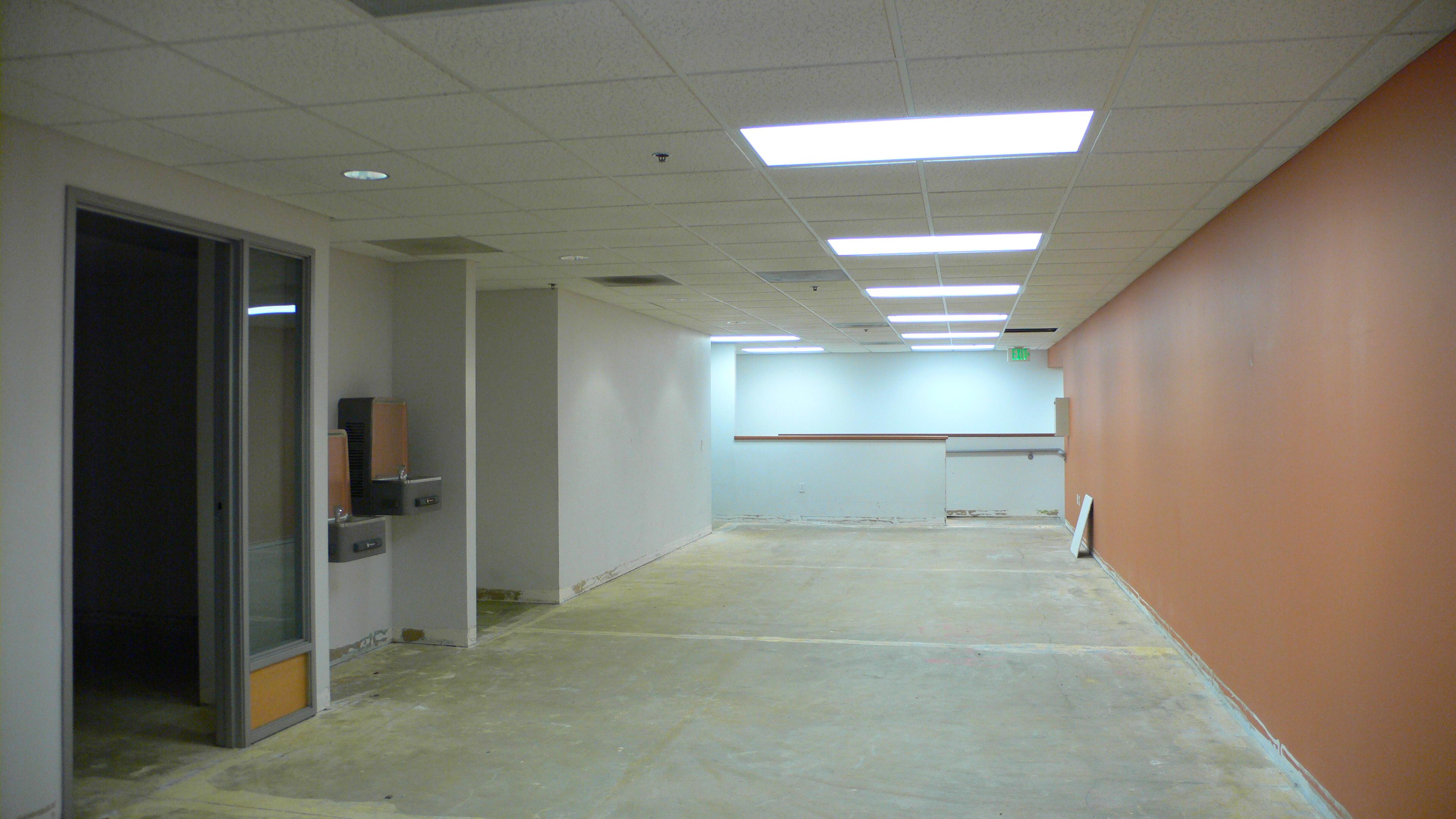3741 interior 5 fl 1.jpg