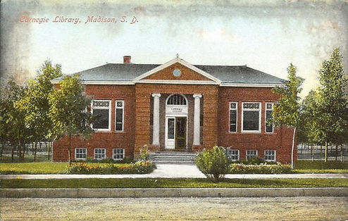 A drawing of the 1906 library building.