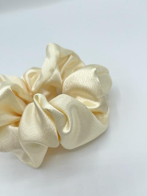 The Daffodil Scrunchie