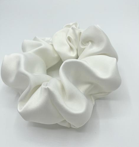 The Snow Scrunchie