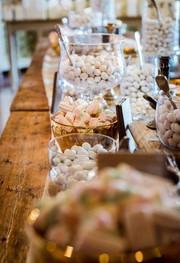 Italian Almonds Station