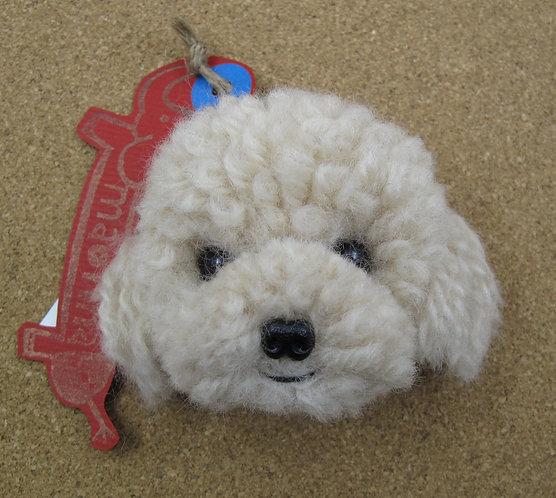 D00587 貴婦犬吊飾 (米色)